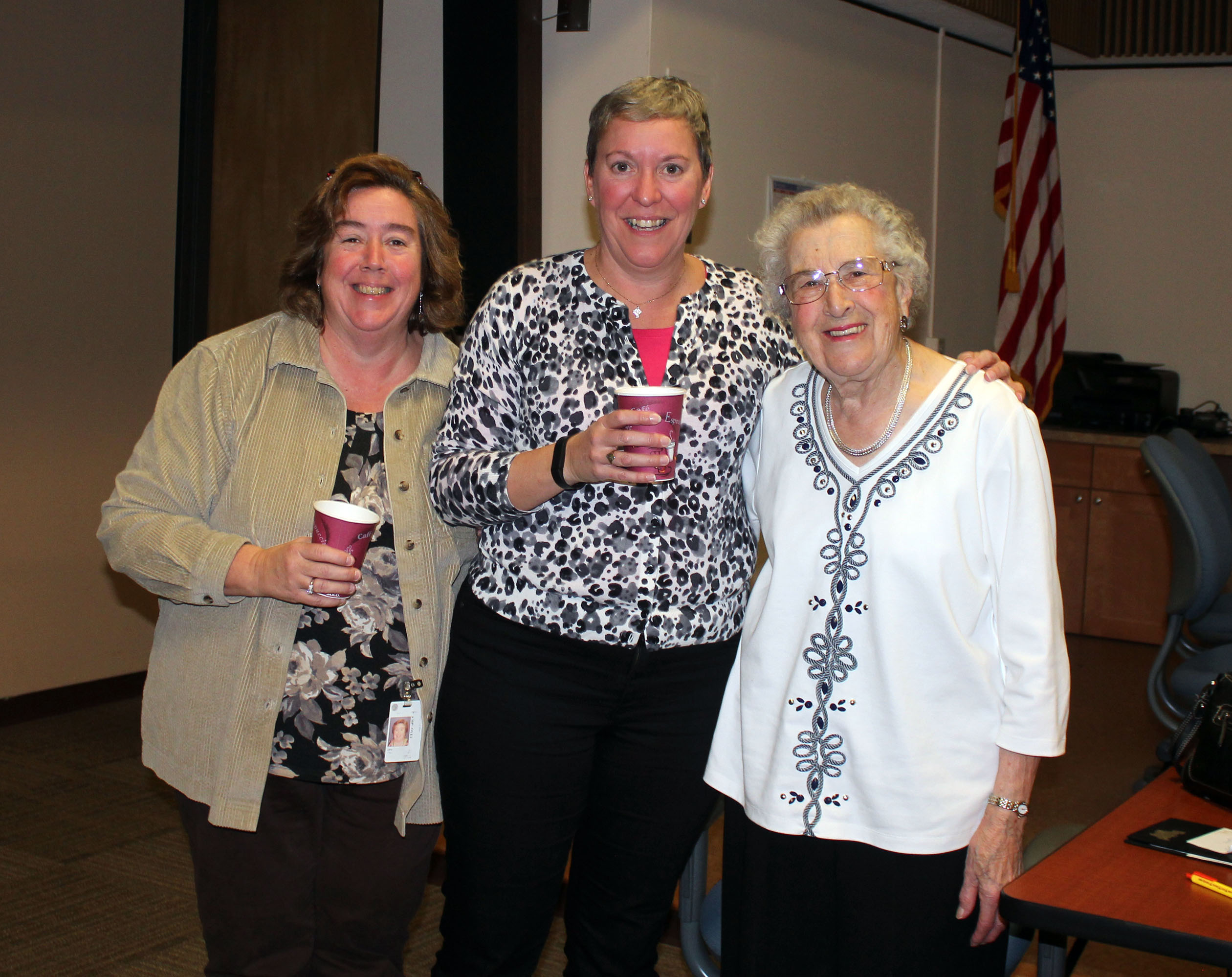 Loyal Coordinator of the Year - Mary Hill (center), City of Groton